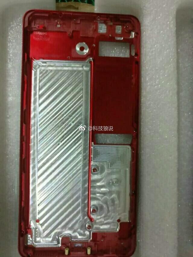 Meizu Pro 7 Rear panel Alleged Meizu Pro 7 Press Renders with Dual Camera and Dual Screen leak 13 Leaks | News | Phones